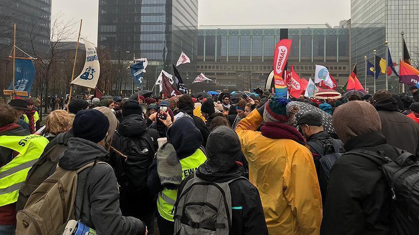 بروكسل.. آلاف المتظاهرين ينددون بسياسات الحكومة ضد المهاجرين