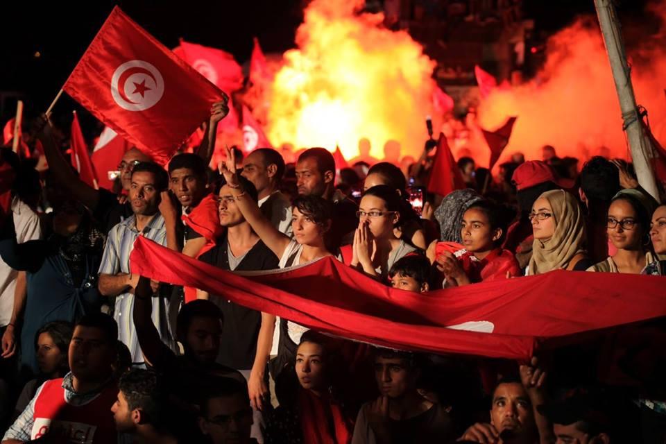 في ذكراها الثامنة.. صنّاع ثورة تونس متعطّشون لقطف ثمارها