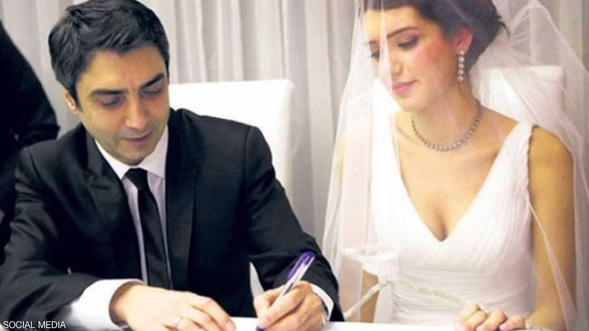 """ماهو الـ""""اخطأ افادح"""" الذي جعل """"مراد علم دار"""" يطلّق زوجته"""