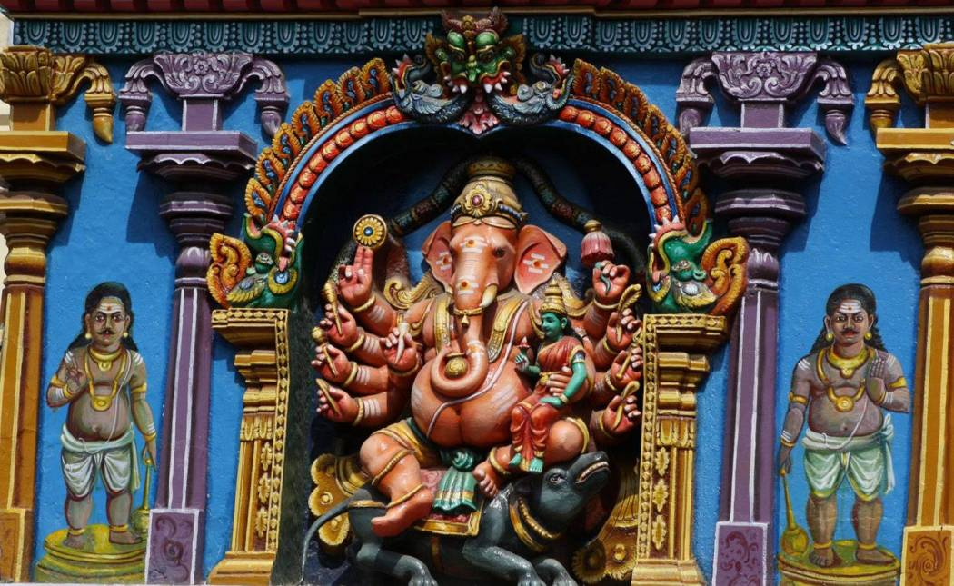 معبد هندوسي هندي يؤيد السماح بدخول النساء