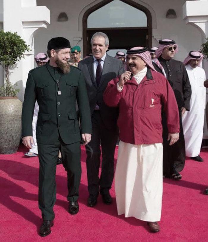 قديروف مع ملك البحرين