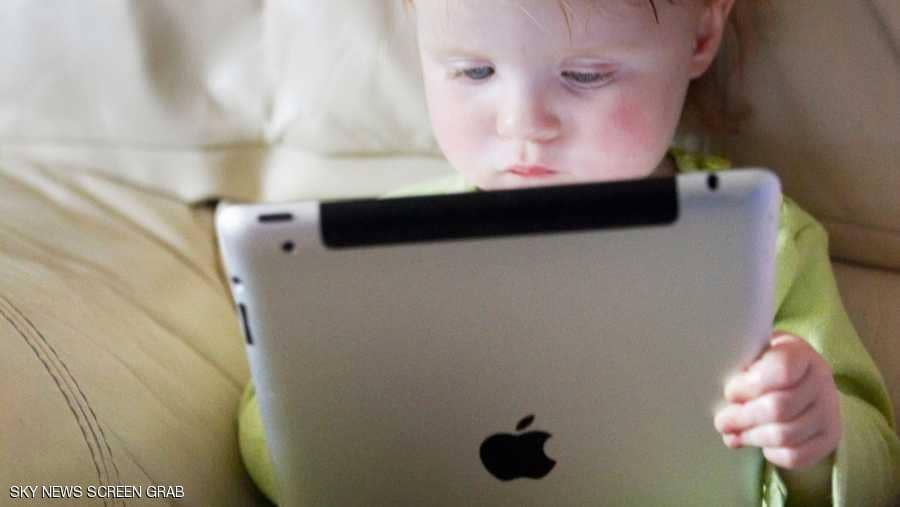 عائلات ملكية أوروبية تتحد لحماية الأطفال من الانترنت
