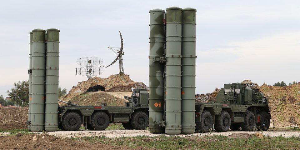 """وزير الدفاع التركي: روسيا حددت يونيو لتسليم تركيا """"إس 400"""""""