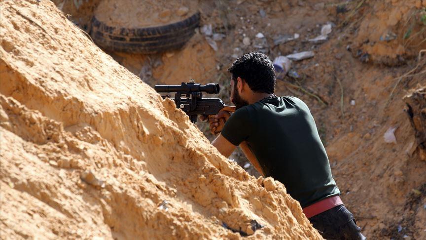 """12 يوما على استهداف طرابلس.. توقف """"حفتر"""" وهجوم مضاد"""
