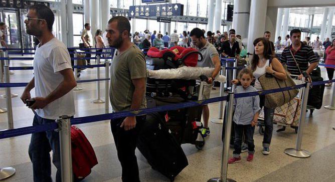 الحكومة الألمانية : عدد محدود من السوريين يطلب العودة الطوعية