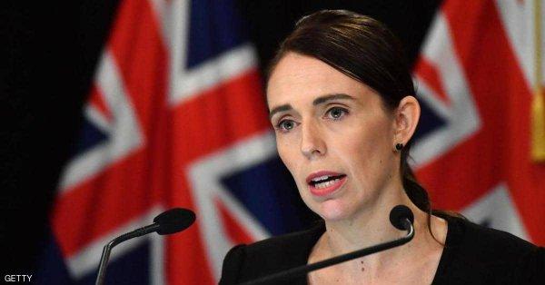 رئيسة وزراء نيوزيلندا تنفي وجود خطط للزواج قريبا من والد طفلتها