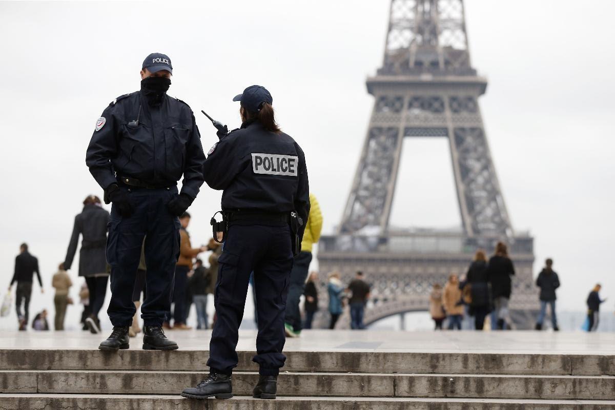 استجواب صحفيين بسبب تقرير عن اسلحة فرنسية في اليمن