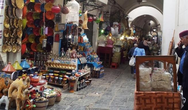 سوق العطارين بتونس مقصد العرسان والباحثين عن روائح نفيسة