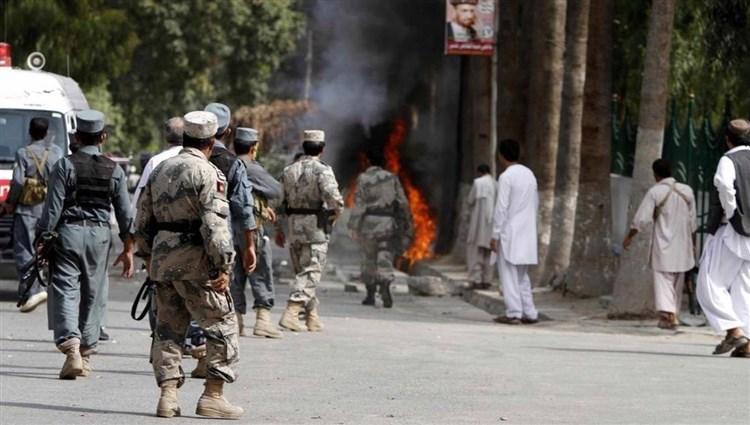 أكثر من 205 ألف أفغاني تم إعادتهم أو ترحيلهم من إيران وباكستان