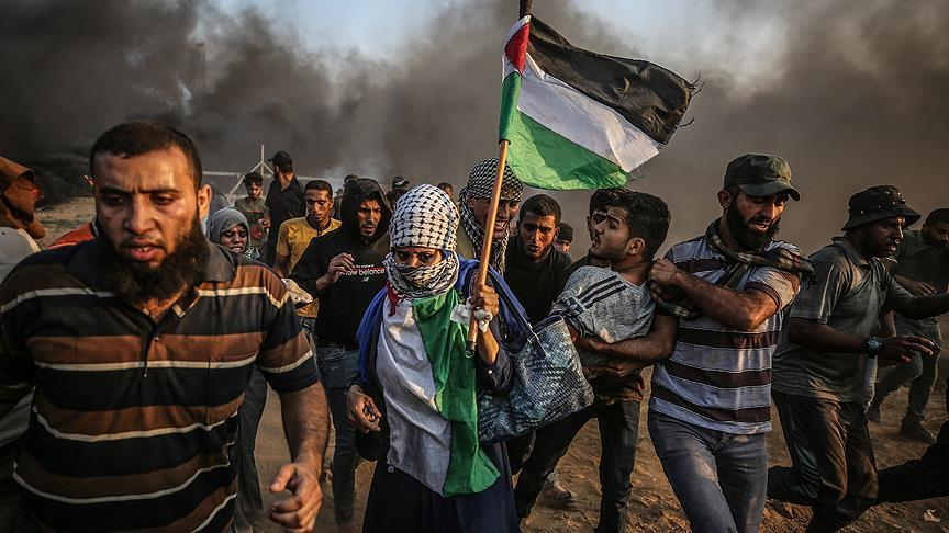 إصابة 50 فلسطينيا في مواجهات مع الجيش الإسرائيلي في غزة