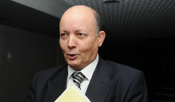 القضاء الجزائري يضع وزير النقل الأسبق تحت الرقابة القضائية