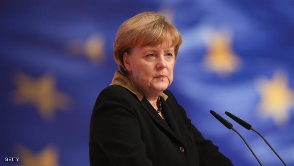 ميركل ترتجف خلال استقبال زيلنسكي في برلين