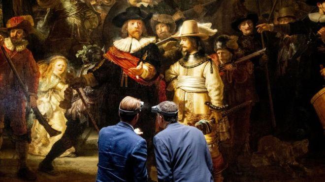 """متحف هولندي يعرض بثا حيا لعملية ترميم لوحة رامبرانت """"المراقبة الليلية"""""""