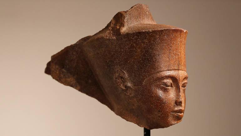 قضية رأس توت عنخ آمون...مصر تقرر مقاضاة كريستيز