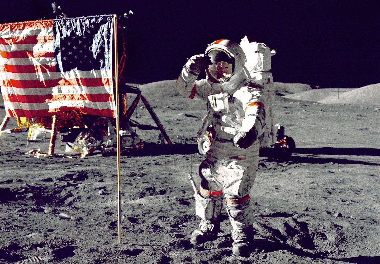 متحف الفضاء يحتفي بالذكرى الـ50 لهبوط رواد على القمر