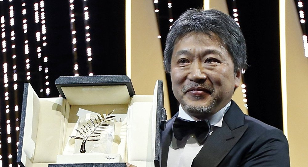 المخرج الياباني هيروكازو