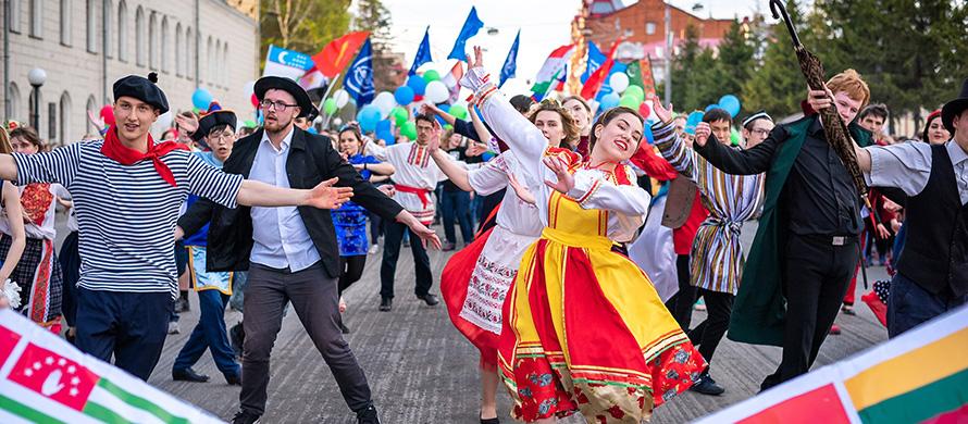 إقامة مهرجان موسيقى روسي في موقع احتجاج