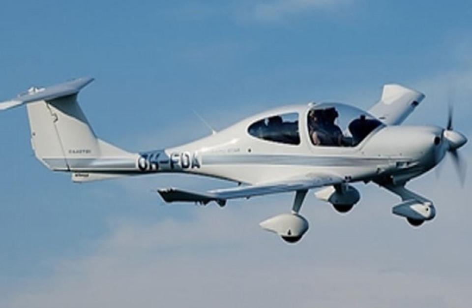 طالب طيران أسترالي يهبط بالطائرة بعد وفاة معلمه فى الجو