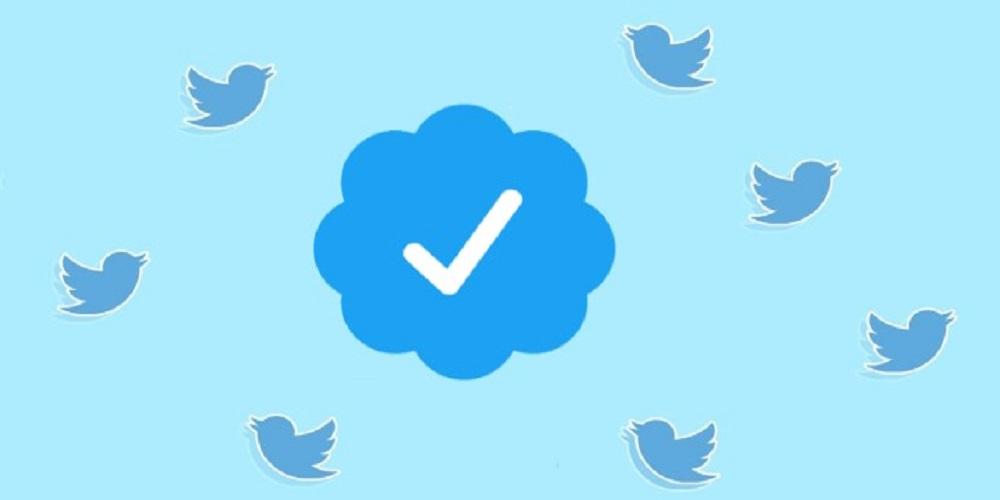 """""""تويتر"""" تعتذر عن استخدام أرقام وهواتف مستخدمين لأغراض دعائية"""