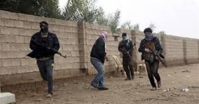 مقتل 4 عسكريين عراقيين في هجوم لداعش على نقطة قرب الحدود مع سورية
