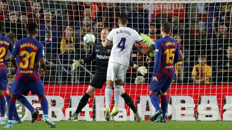 ميسي يتألق و برشلونة يكتسح بلد الوليد بخماسية بالدوري الإسباني