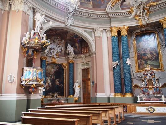 الكنيسة البروتستانتية الألمانية تركز على السلام والتحرش
