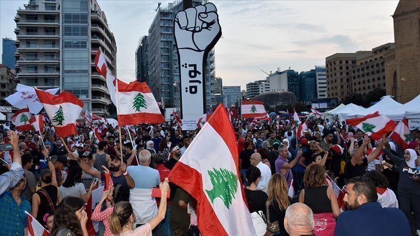 مقابلة تلفزيونية لعون فجرت احتجاجات جديدة في لبنان