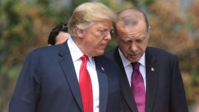 أردوغان ينتقد تصريح ماكرون حول الناتو ويعتبره غير مقبول