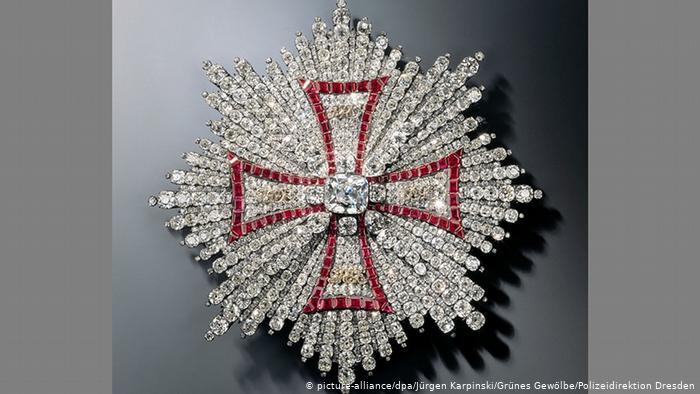 ألمانيا- سرقة مجوهرات وتحف فنية بمليار يورو