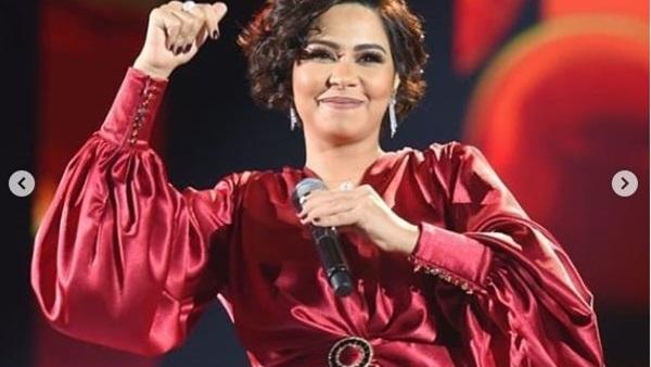 """الفنانة المصرية شيرين تثير ضجة في السعودية بعد وصف """"العوانس"""""""