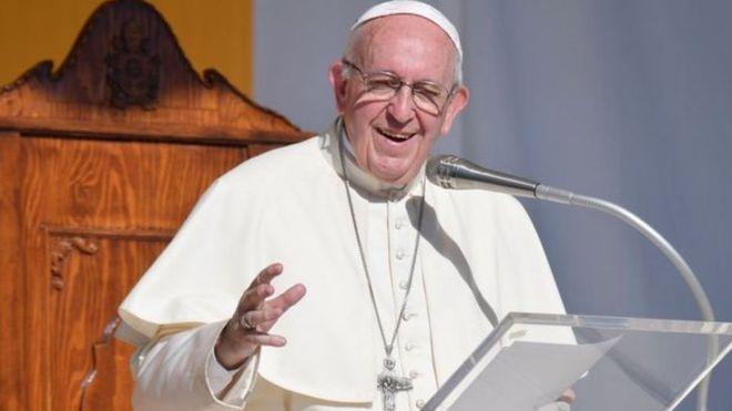 """بابا الفاتيكان يعقد اجتماعا """"خاصا"""" مع رئيس وزراء مالطا"""