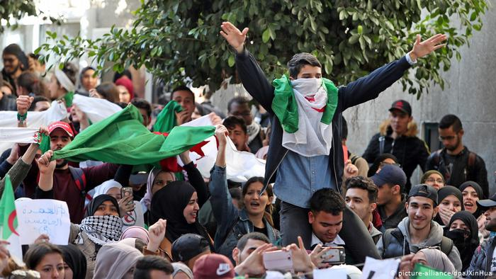 إعتقال ناشط سياسي جزائري بعد أربعة أيام من إعلان براءته