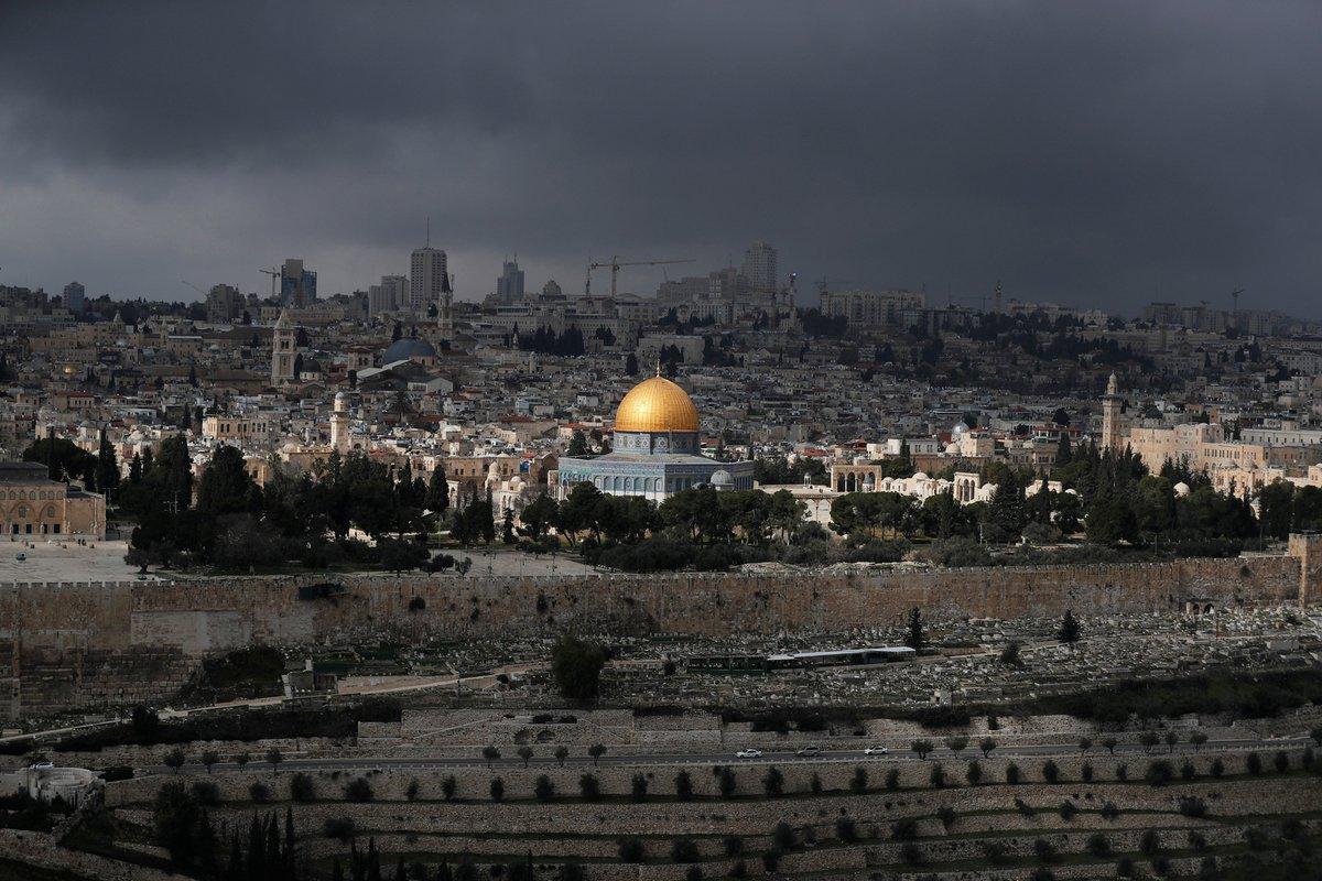 """""""هآرتس"""" استنادا لوثيقة : تقسيم القدس لم يعد صالحا"""