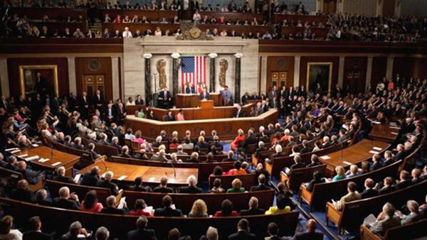 مجلس الشيوخ  يقيد يد ترامب في توجيه ضربة عسكرية لإيران
