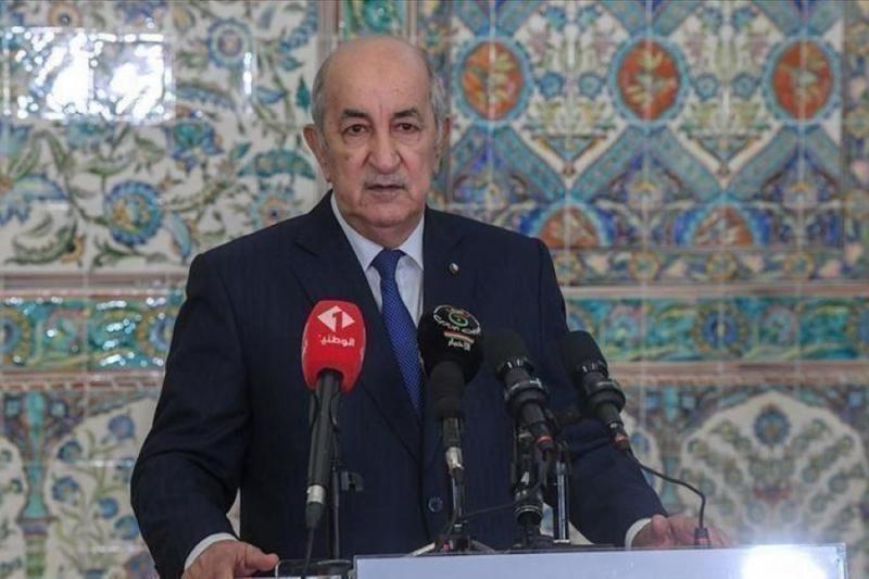 الرئيس الجزائري يدعو لإعادة النظام السوري إلى الجامعة العربية