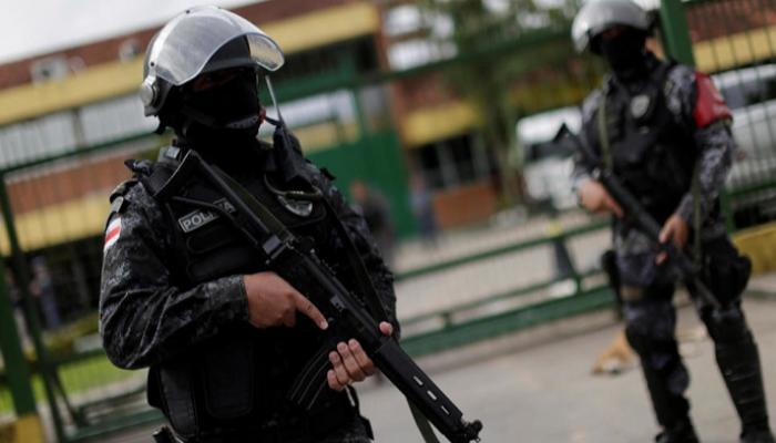 البرازيل تعيد اعتقال 517 سجينا بعد فرار جماعي من السجون