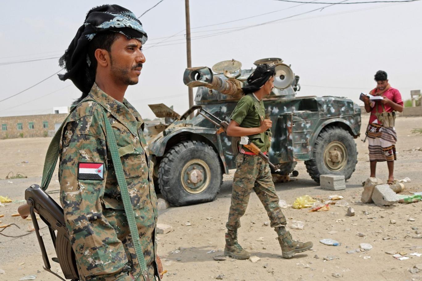 الجيش اليمني يعلن مقتل 80 حوثيا وجرح آخرين بمحافظة البيضاء