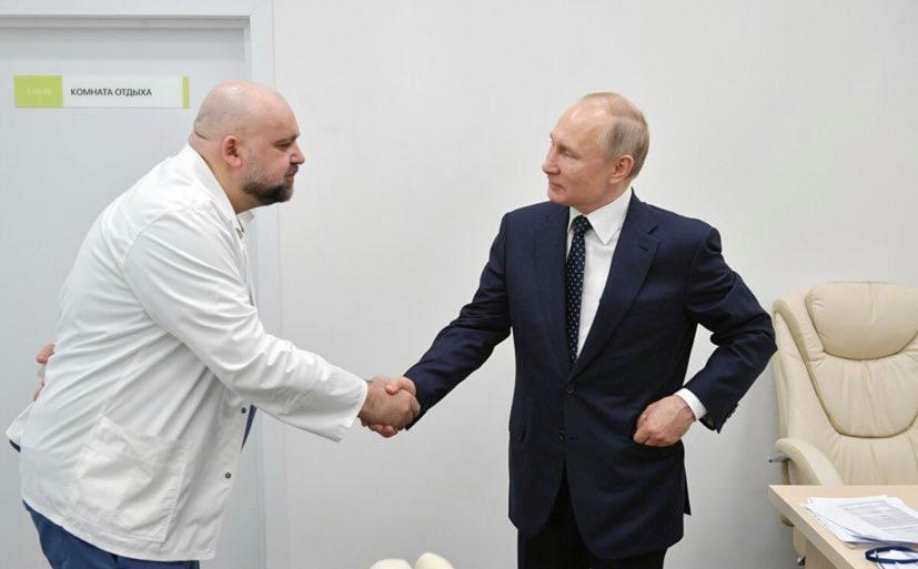 إصابة رئيس مستشفى روسي صافح بوتن بفيروس كورونا