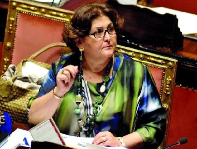 انتقاد وزيرة إيطالية لبكائها على المهاجرين غير الشرعيين