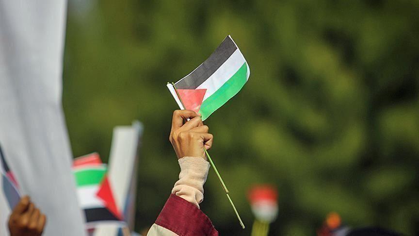 """""""فتح"""" تندد بـ""""إساءات"""" إماراتية بحق الرئيس الفلسطيني"""