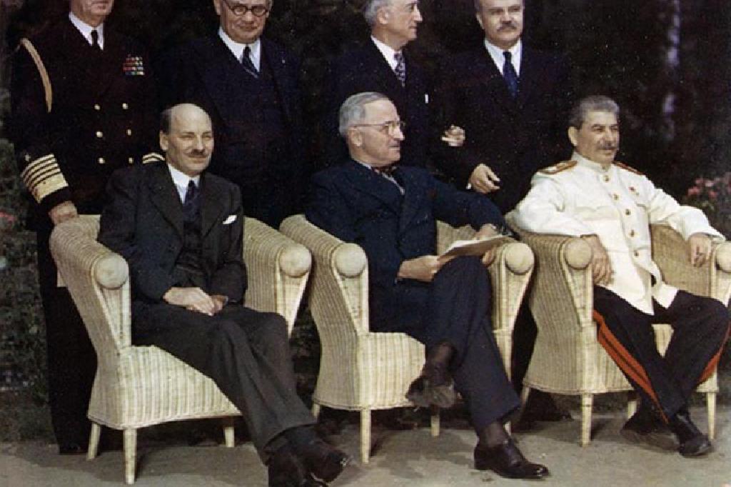 """معرض جديدالشهر المقبل تحت شعار """"مؤتمر بوتسدام 1945 """""""