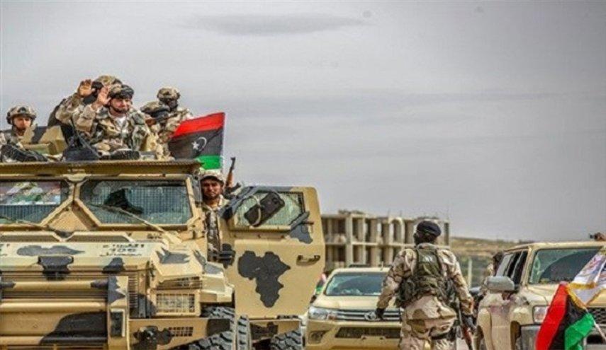 بريكنغ ديفنس : أميركا يجب أن تتدخل لتكبح  المتصارعين في ليبيا