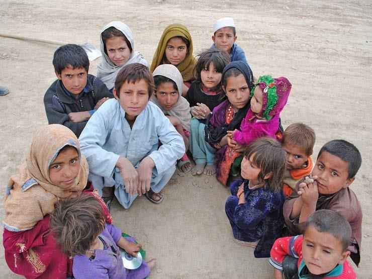 منظمة : أكثر من 8 ملايين طفل أفغاني بحاجة لمساعدات إنسانية
