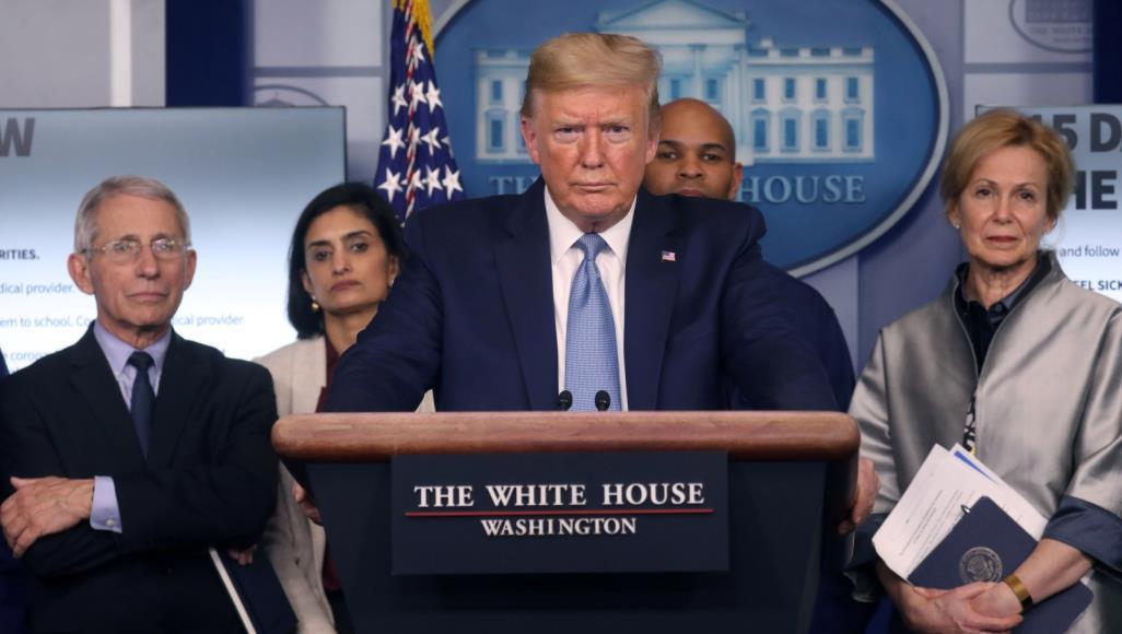 محلل أمريكي : جائحة كورونا تكشف تراجع الولايات المتحدة