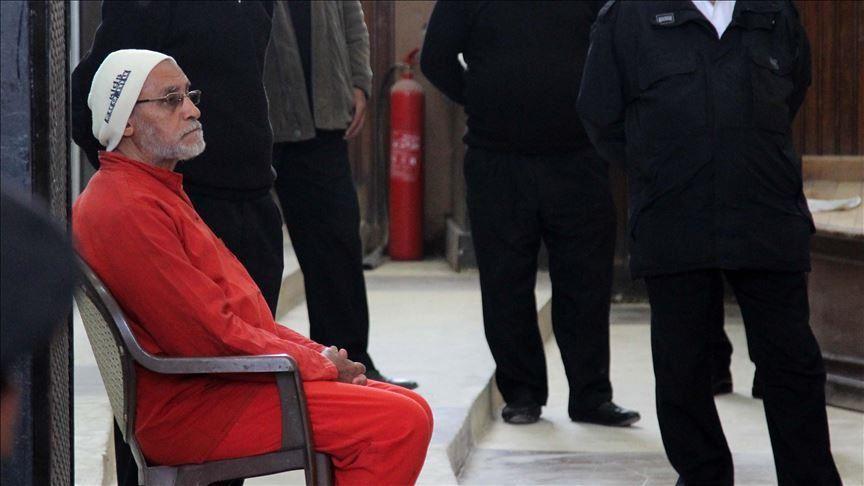 حكم نهائي بالسجن 25 عاما على مرشد إخوان مصر