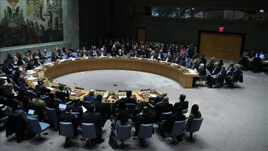 مجلس الأمن يمرر بالإغلبية قرارا بتمديد إدخال المساعدات إلى سورية
