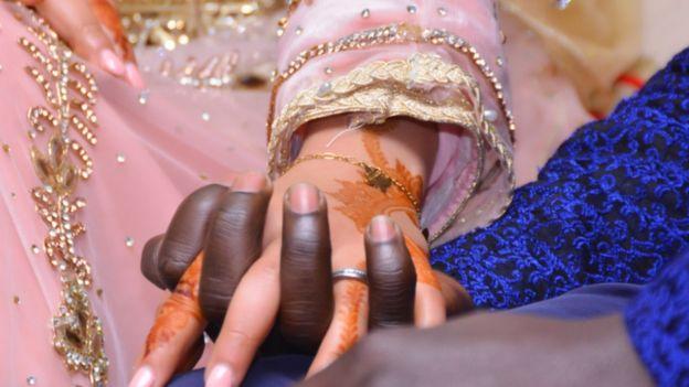 زوجان من المغرب والسنغال ينتصران على نظرة المجتمع
