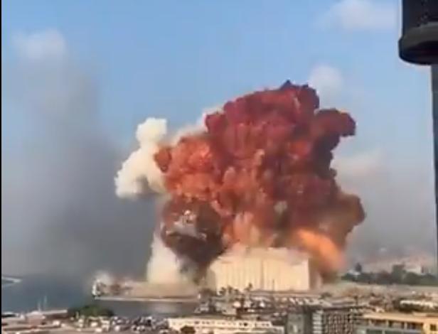 اللبنانيون : مررنا بحرب أهلية ... لكن لم نر مثل انفجار المرفأ