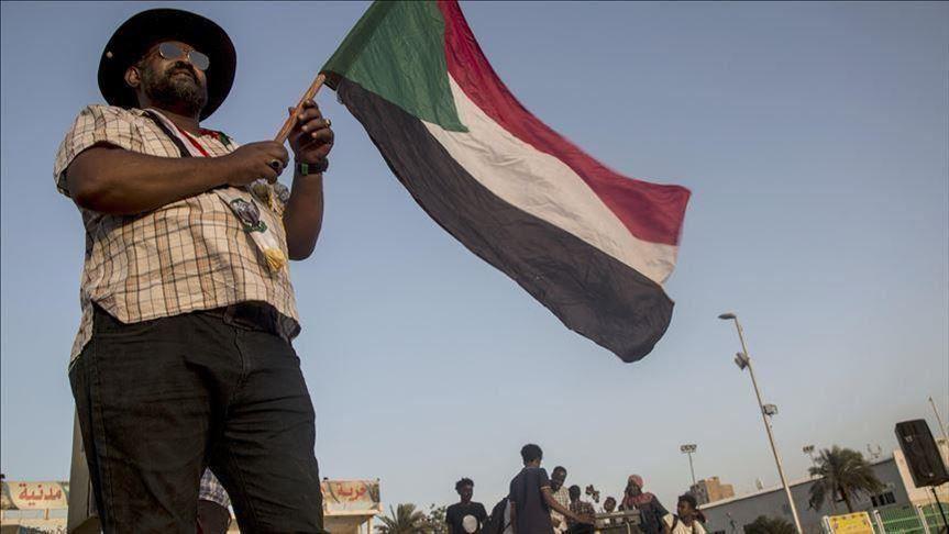 بعد 64 عامًا من الاستقلال.. السودان يبحث عن دستور دائم