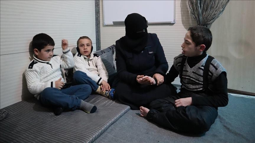 منى عبان : نساء سوريا فقدن بهجة الاحتفال بيومهن العالمي